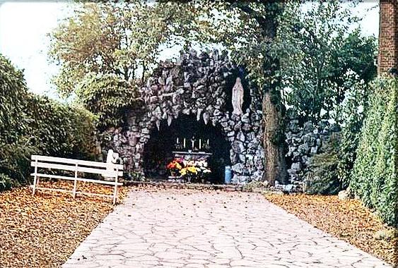 Grotte Notre-Dame de Lourdes d'Elouges