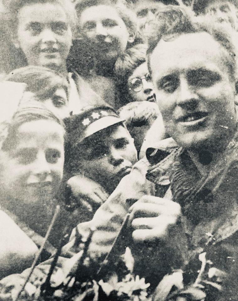 Le 3 septembre 1944, les libérateurs sont acclamés à Dour !